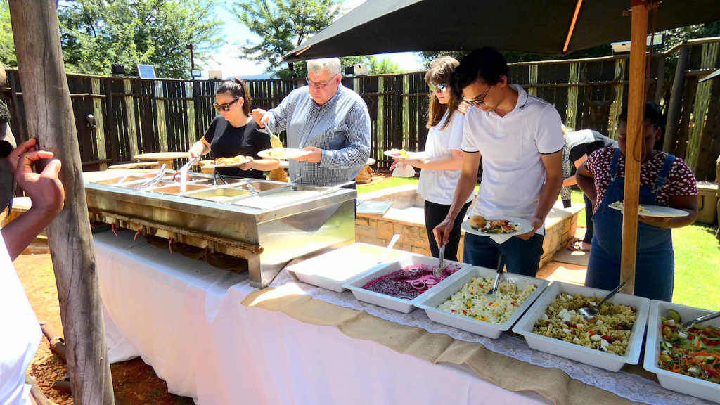 Buffet Sunday Lunch, Harties boat cruise, Daily boat cruises Harties, Daily boat cruises Hartbeespoort, Birthday party ideas, Baby shower ideas, Birthday party cruises, Baby showers Harties, engagement parties Harties, party ideas